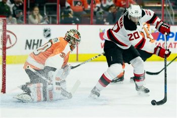 Michal Neuvirth, Lee Stempniak
