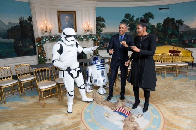DJ R2-D2's White House debut. (Courtesy: The White House on Twitter)