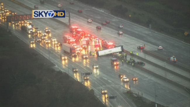Two Dead in Greyhound Bus Crash on Highway 101