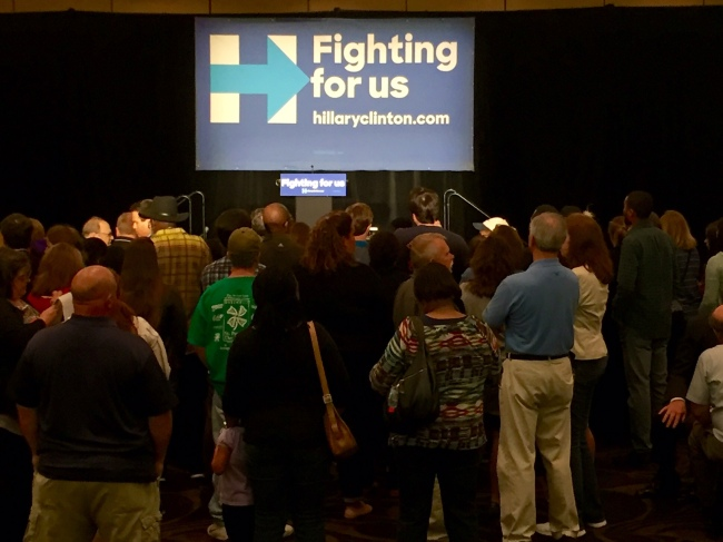 Bill Clinton makes campaign stop for Hillary in Greenville