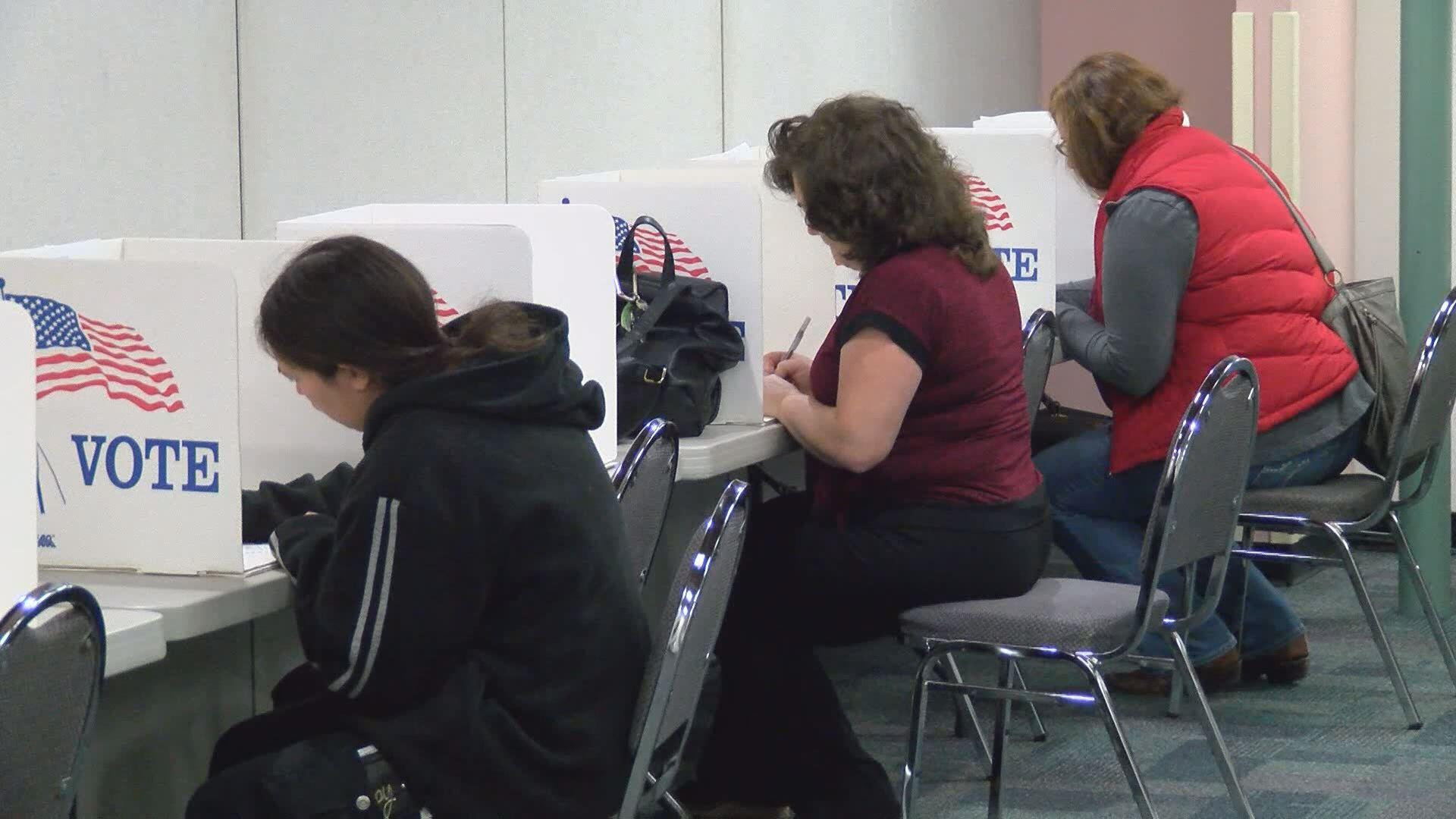 Court blocks remedy on Wisconsin voter ID law