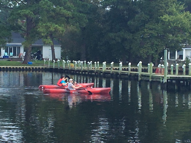Jacksonville volunteers participate in New River trash clean up
