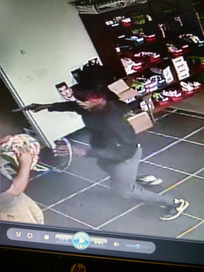 cricket-wireless-robbery-1