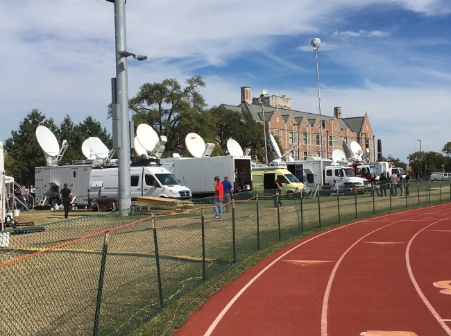 Media outlets from around the globe have flocked to St. Louis, Missouri to cover the second 2016 Presidential debate. (Mark Meredith / Media General)