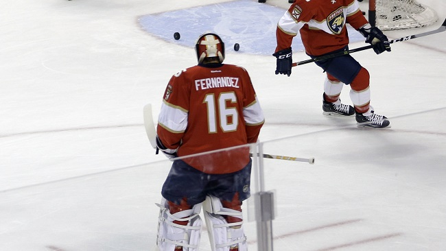 Florida Panthers players pay tribute to the late Miami Marlins pitcher Jose Fernandez by wearing his name and No. 16 on the back of their jerseys during practice before an NHL hockey game against the New Jersey Devils, Thursday, Oct. 13, 2016, in Sunrise, Florida. (Alan Diaz/AP)