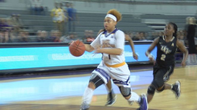 alex-frazier-ecu-womens-basketball