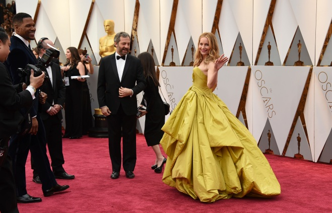 Judd Apatow, left, and Leslie Mann arrive at the Oscars on Sunday, Feb. 26, 2017, at the Dolby Theatre in Los Angeles. (Photo by Jordan Strauss/Invision/AP)
