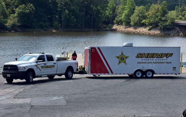 19-year-old's drowning death at Falls Lake under investigation