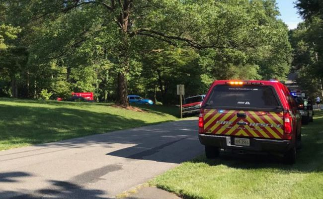 Two killed in helicopter crash near Birdwood Golf Course