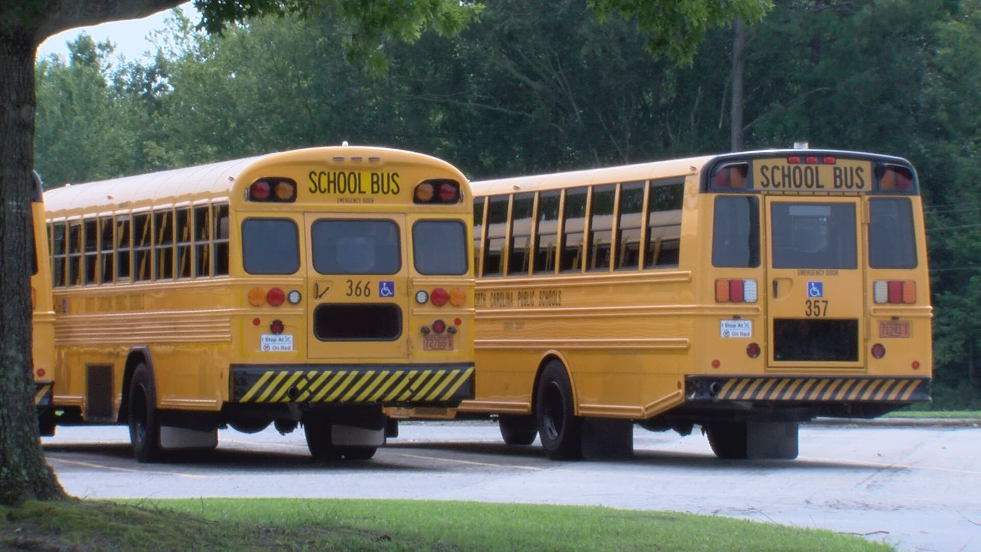 Back to school safe driving tips