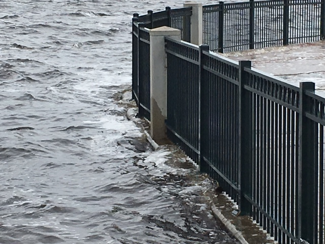 Low-lying areas in New Bern see flooding as Irma heads inland
