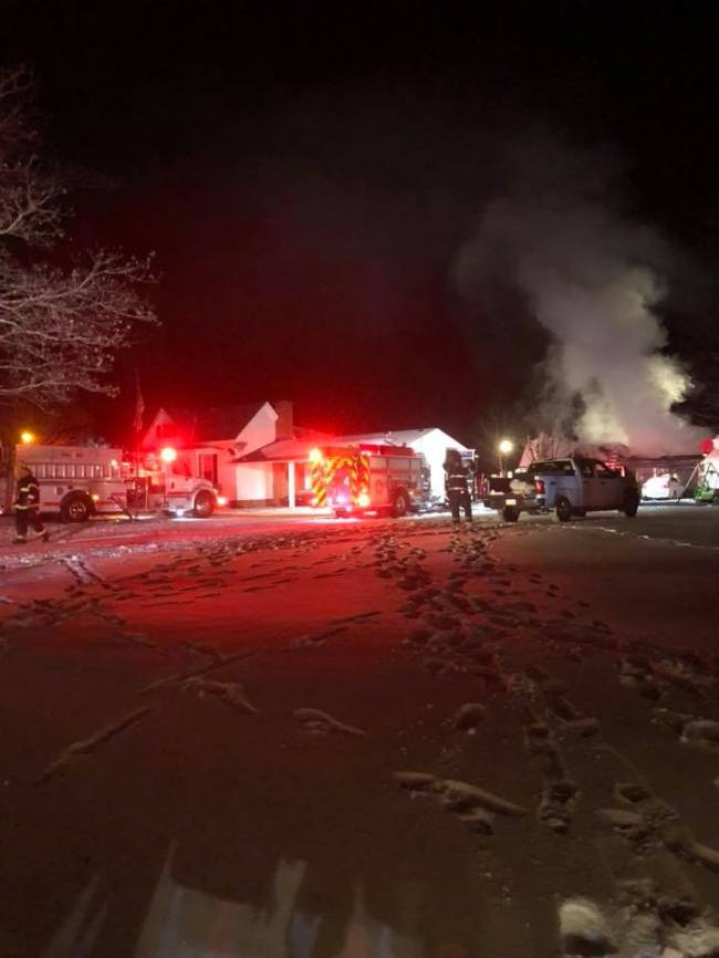 Crews battle Kinston fire for 6 hours in single-digit temperatures