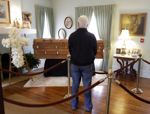 Reidsville's Wilkerson Funeral Home welcomes Rev. Billy Graham sympathy book entries